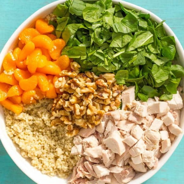 Quinoa chicken spinach salad with honey lime vinaigrette #quinoa #healthy #dinner #recipe