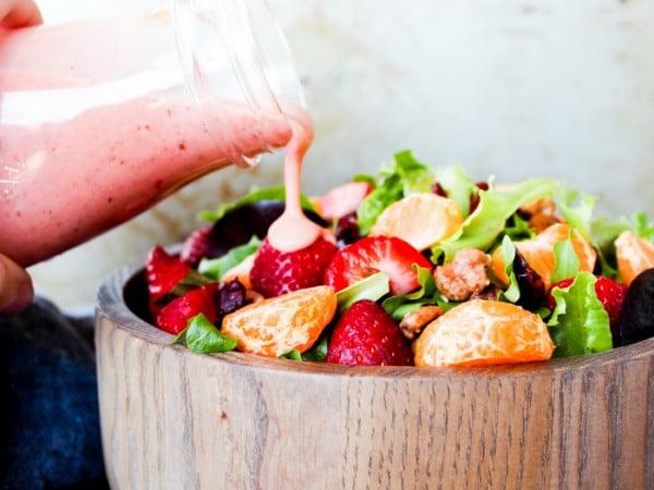 Strawberry Basil Dressing #recipe #salad #saladdressing #dinner #lunch