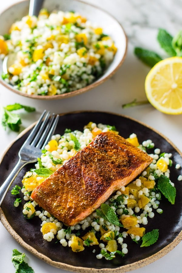 Moroccan Salmon & Apricot Couscous Salad #salmon #fish #food #dinner #recipe
