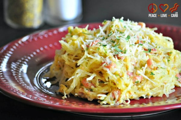 Low Carb Spaghetti Squash Carbonara Pasta #spaghetti #dinner #recipe #squash