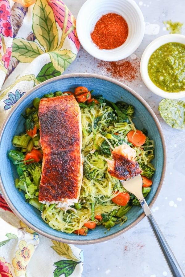 Crispy Salmon Bowls with Pesto Spaghetti Squash #spaghetti #dinner #recipe #squash