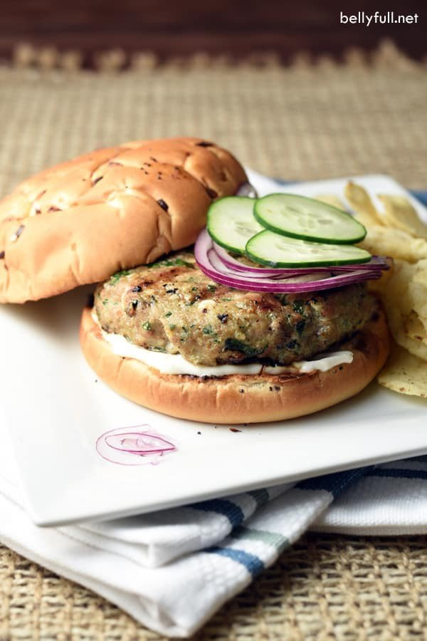 Spinach and Feta Turkey Burgers #turkey #dinner #recipe #food