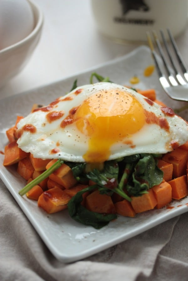 Easy & Healthy Sweet Potato Spinach Breakfast Hash #3ingredients #food #dinner #recipe