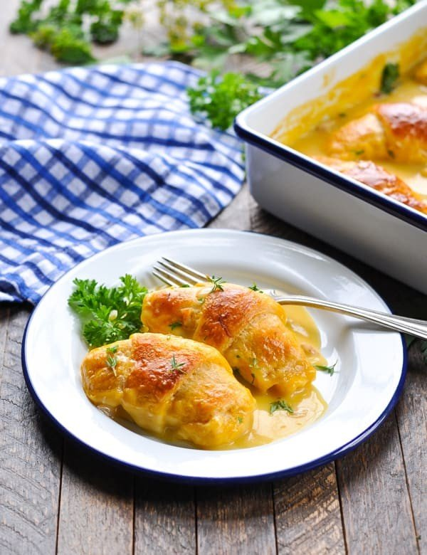 5-Ingredient Crescent Roll Chicken Casserole #5ingredient #recipe #food #dinner