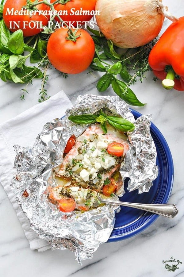 5-Ingredient Mediterranean Salmon in Foil Packets #5ingredient #recipe #food #dinner