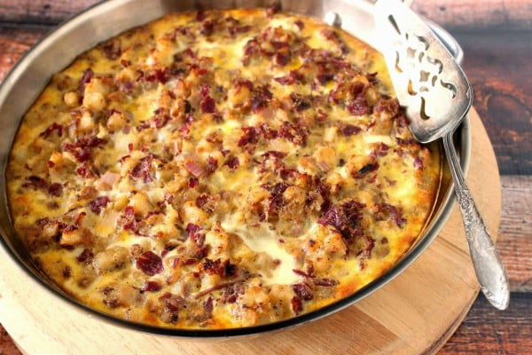 Corned Beef Hash Frittata for Breakfast, Lunch or Dinner #cornedbeef #beef #dinner #recipe