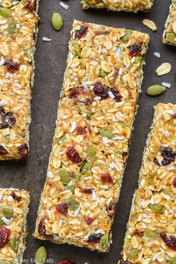 Healthy Nut-Free Granola Bars #granolabars #snacks #healthy #food #recipe
