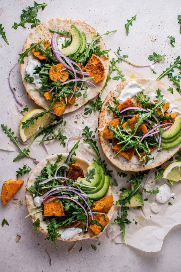 Roasted Sweet Potato Pitas with Arugula and Garlic Dressing #lunch #healthy #food #snack #recipe