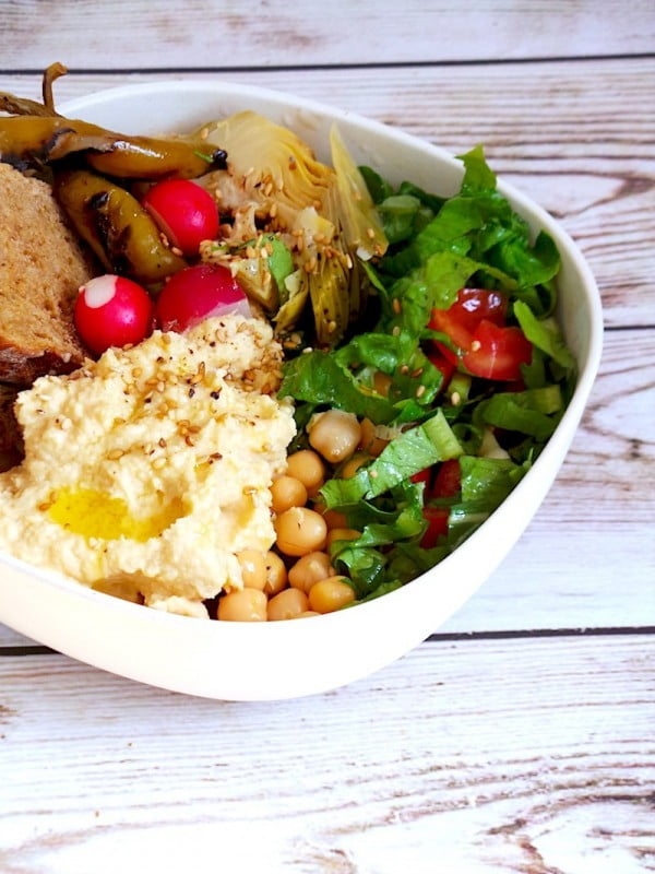 A Healthy Lunch Bowl You Can Throw Together In 10 Min #lunch #healthy #food #snack #recipe