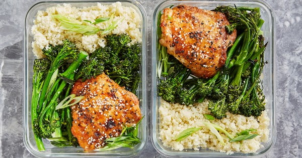Meal-Prep Honey Sesame Chicken with Broccolini #lunch #healthy #food #snack #recipe