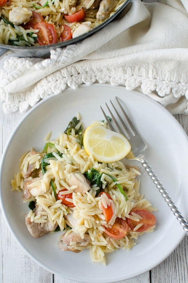 One Pot Lemon Chicken with Orzo #healthy #onepot #dinner #food #recipe