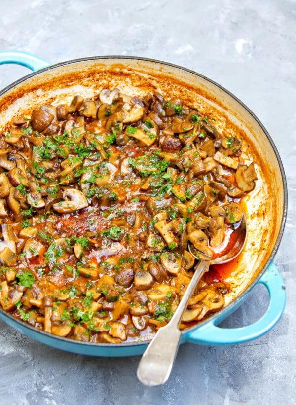 One Pot Vegan Mushroom Stroganoff - #healthy #onepot #dinner #food #recipe