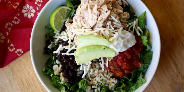 Black Bean and Chicken Burrito Bowl Recipe #lunch #highprotein #healthy #recipe