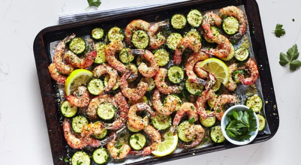 Sheet Pan Suppers: Garlic Shrimp Recipe #lunch #highprotein #healthy #recipe