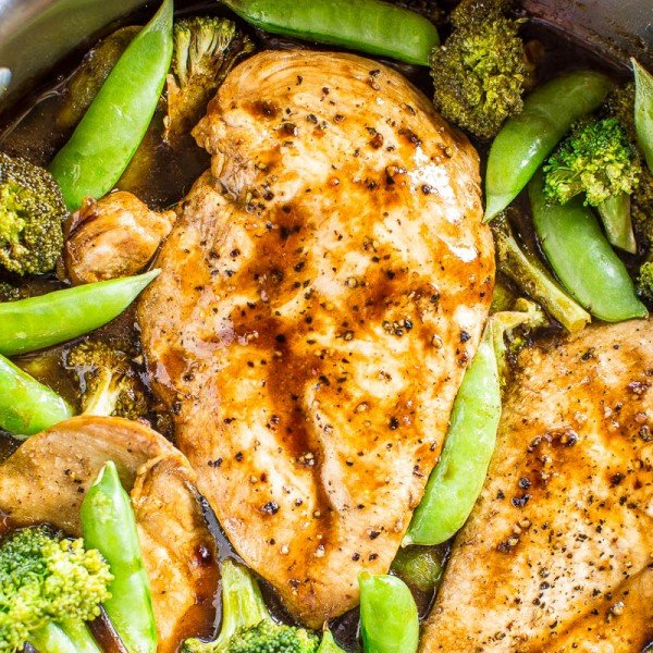 One-Skillet Balsamic Chicken and Vegetables #lunch #highprotein #healthy #recipe