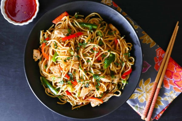Instant Pot Thai Peanut Noodles with Chicken #instantpot #pressurecooker #noodles #dinner #recipe