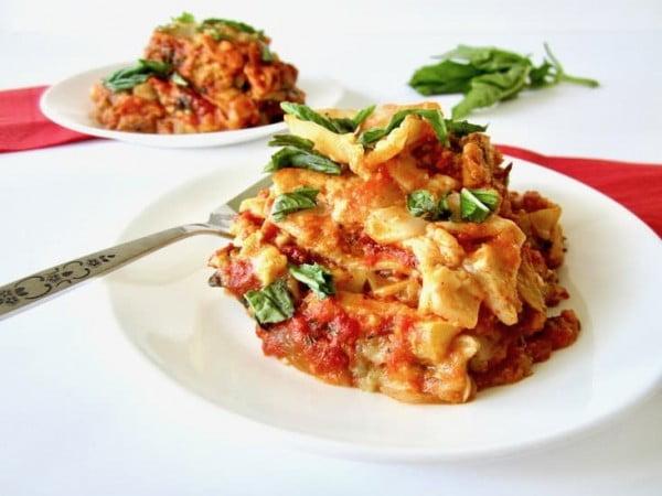 Vegan and Gluten Free Slow Cooker Lasagna [Updated 2018] #lasagna #dinner #food #recipe