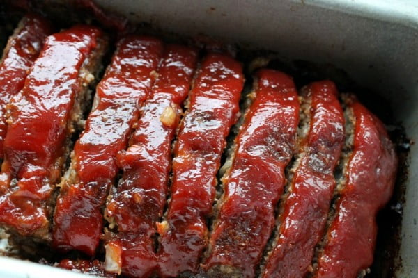 Classic Meatloaf Recipe...just like Mom used to make. #meatloaf #recipe #dinner
