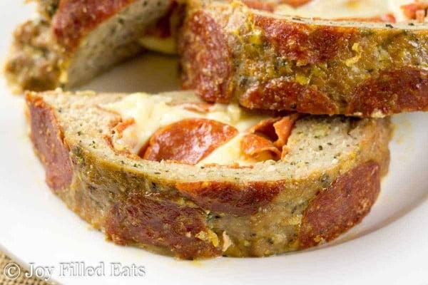 Pepperoni Pizza Meatloaf #meatloaf #recipe #dinner