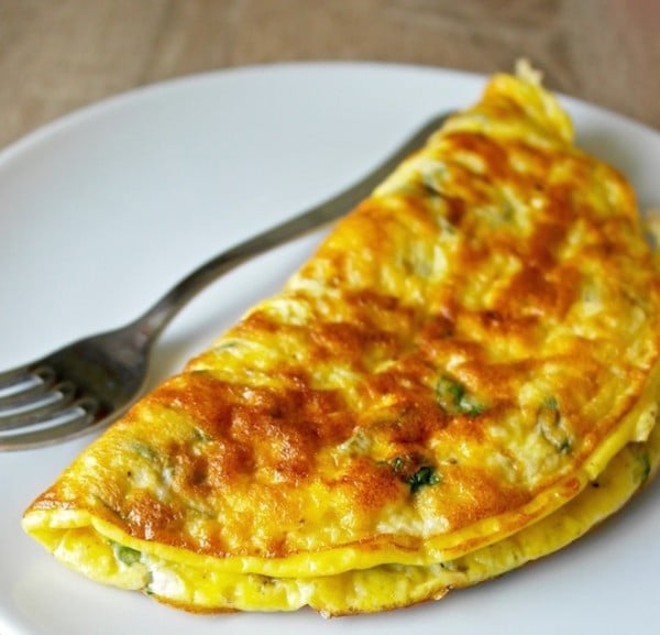 Greek Omelette with Feta Cheese and Fresh Mint #omelette #breakfast #eggs #recipe