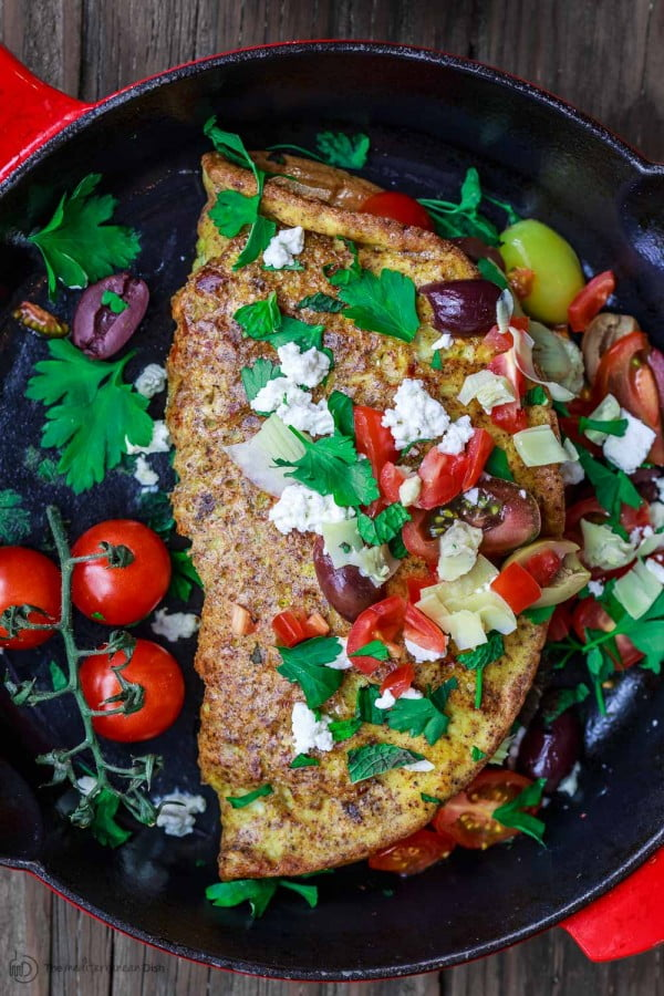 Loaded Mediterranean Omelette Recipe #omelette #breakfast #eggs #recipe