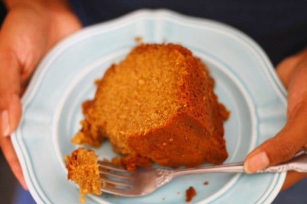 Ty's Sweet Potato Praline Sour Cream Pound Cake #poundcake #cake #recipe #dessert
