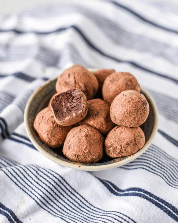 Guinness Chocolate Truffles #beer #dinner #recipe #food