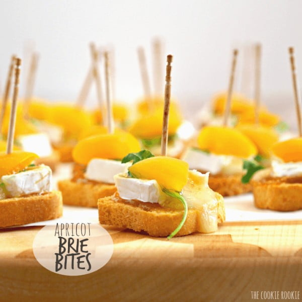 Mini Apricot Brie Bites #smallbites #partyfood #snack #recipe