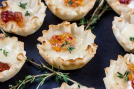 Pepper Jelly Brie Bites #smallbites #partyfood #snack #recipe