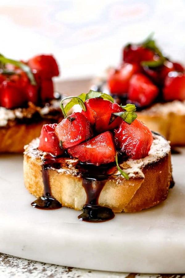 Strawberry Goat Cheese Bruschetta #smallbites #partyfood #snack #recipe