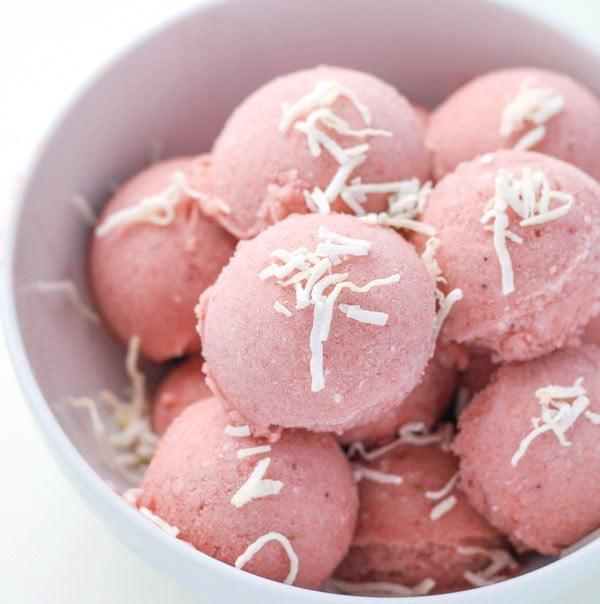 "Healthy Coconut Strawberry Banana ""Ice Cream"" #strawberry #dessert #berries #food #recipe"