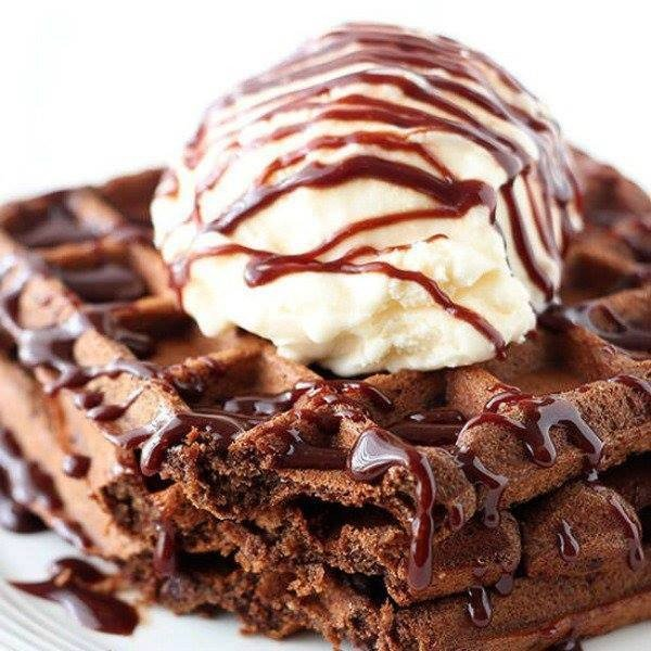 Fudge Waffles #wallfeiron #wafflemaker #waffles #dinner #snacks #lunch #food #recipe