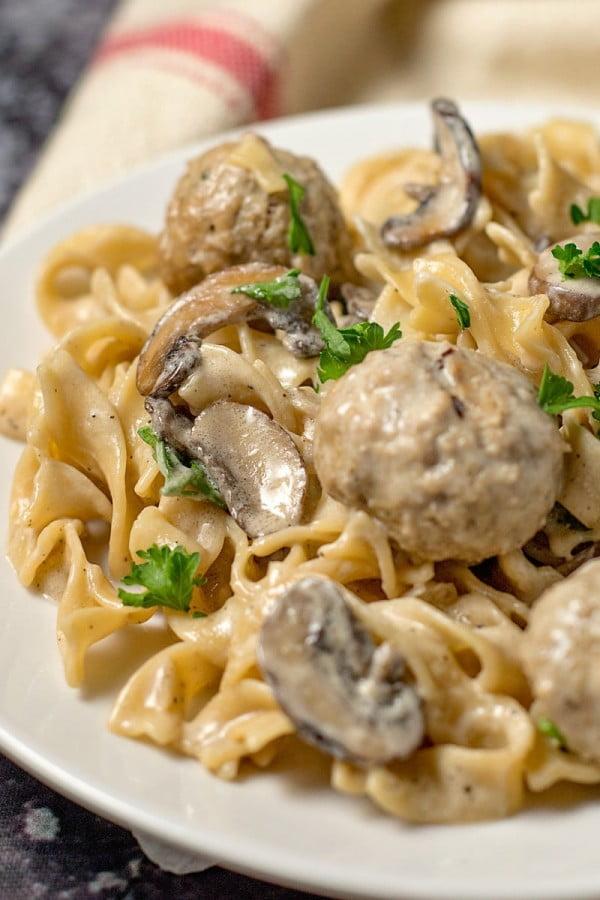 Easy One Pot Meatball Stroganoff Recipe (20 min meal) #20minute #pasta #recipe #dinner