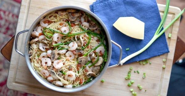 Shrimp and Asparagus Pasta #20minute #pasta #recipe #dinner