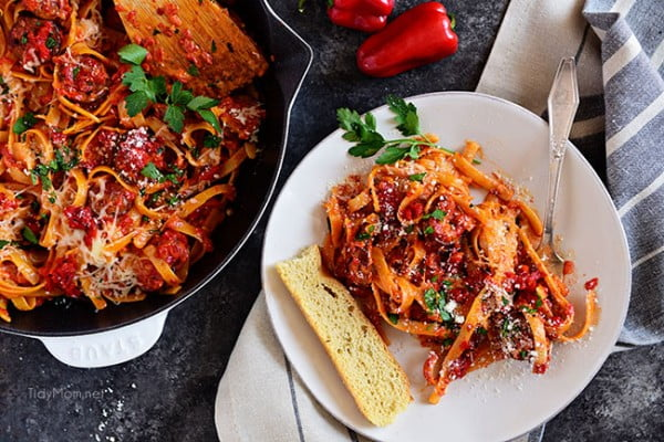 Roasted Red Pepper Fettuccine with Smoked Sausage #20minute #pasta #recipe #dinner
