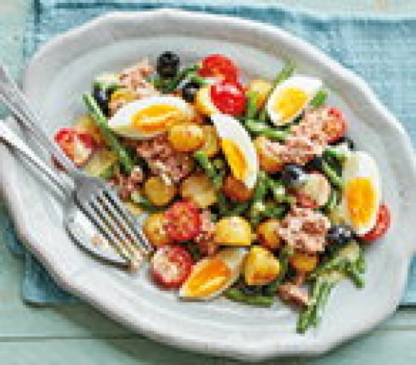 Warm tuna niçoise #recipe #eggs #boiled #breakfast #snack