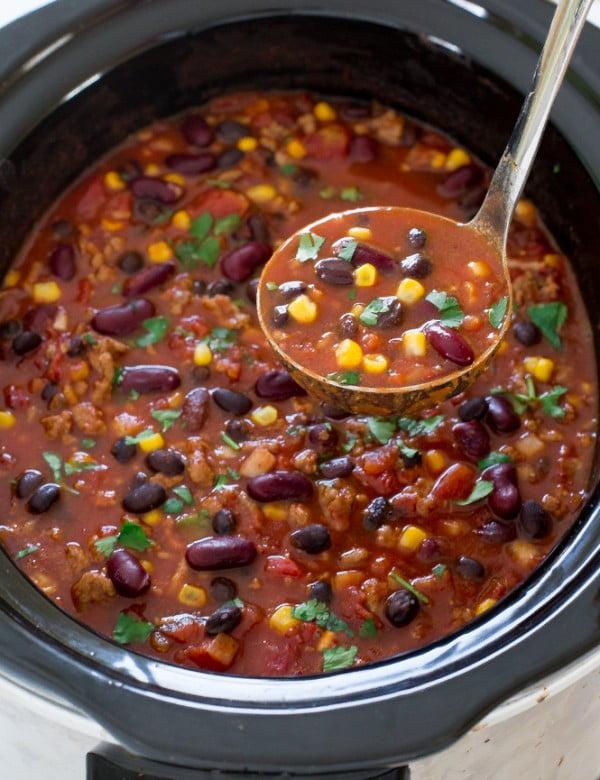 Slow Cooker Turkey Chili #chili #recipe #dinner