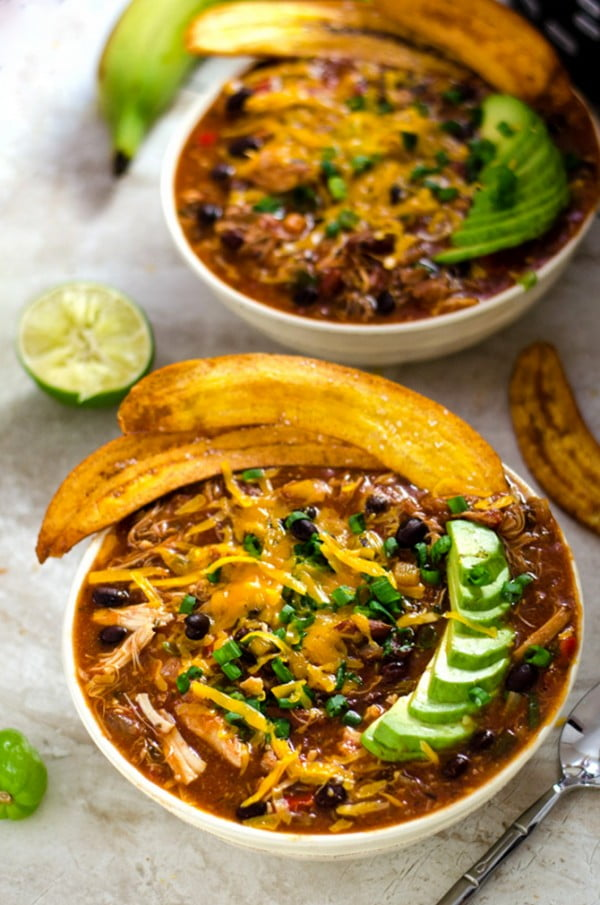 Slow Cooker Jamaican Jerk Chicken Chili with Plantain Chips #chili #recipe #dinner