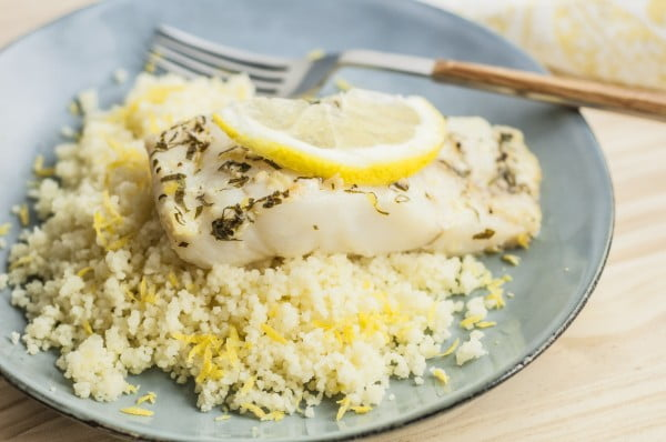 How to Make Tasty Baked Lemon Garlic Cod for a Satisfying Meal #cod #fish #dinner #recipe