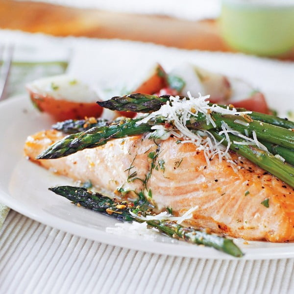 Roasted Asparagus Parmesan Recipe #easter #easterdinner #dinner #recipe #healthy