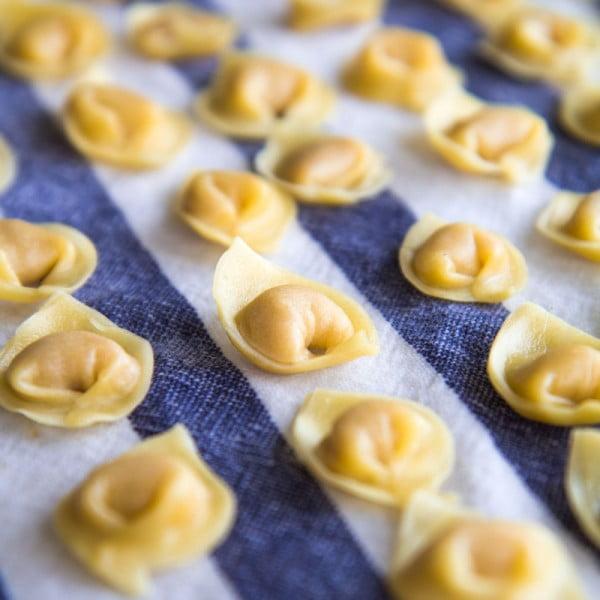 HOMEMADE TORTELLINI Italian traditional recipe and history #italian #dinner #recipe