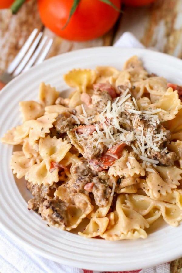 EASY Italian Sausage Pasta #italian #dinner #recipe