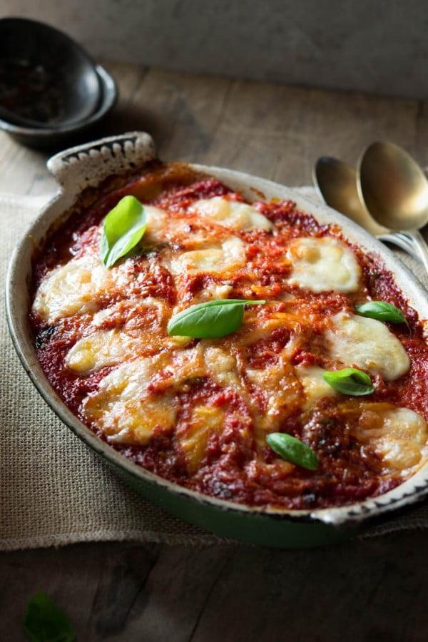Parmigiana di Melanzane (Aubergine Parmigana) #italian #dinner #recipe