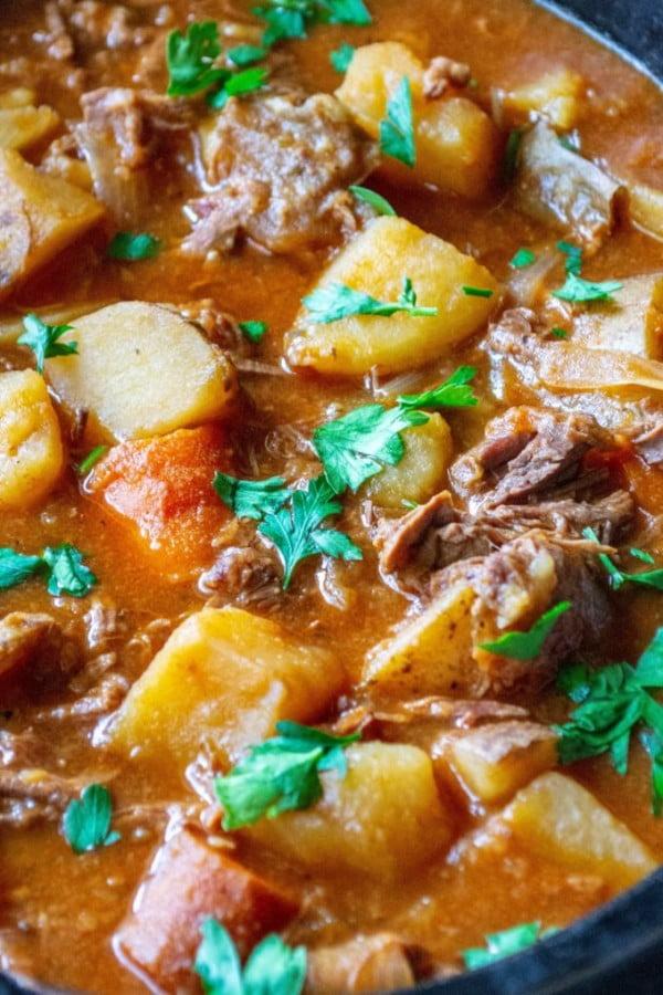 Easy Slow Cooker Beef Stew #meatstew #meat #stew #dinner #recipe
