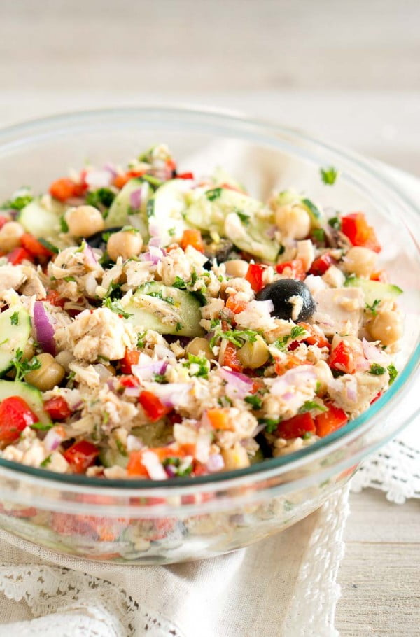 Mediterranean Tuna Salad #mediterranean #dinner #recipe