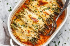 Asparagus Chicken Casserole with Mozzarella #recipe #chicken #quick #easy #dinner