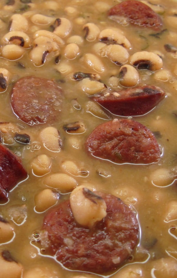 Smoked Sausage and Black-Eyed Peas #sausage #dinner #recipe