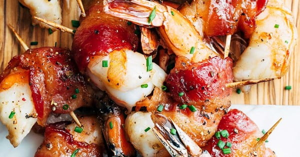 Bacon Wrapped Shrimp with Brown Sugar Bourbon Glaze #shrimp #recipe #dinner #lunch #snack