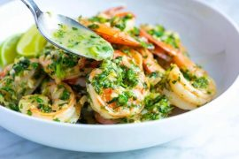 Garlic Butter Shrimp Recipe with Cilantro and Lime #shrimp #recipe #dinner #lunch #snack