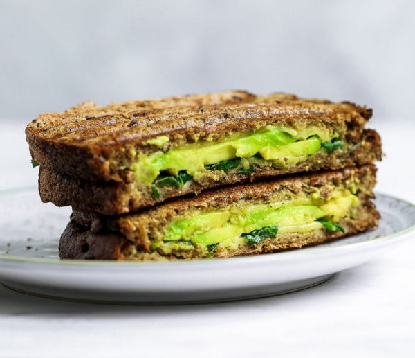 Vegan Avocado Pesto Grilled Cheese #vegetarian #healthy #breakfast #recipe